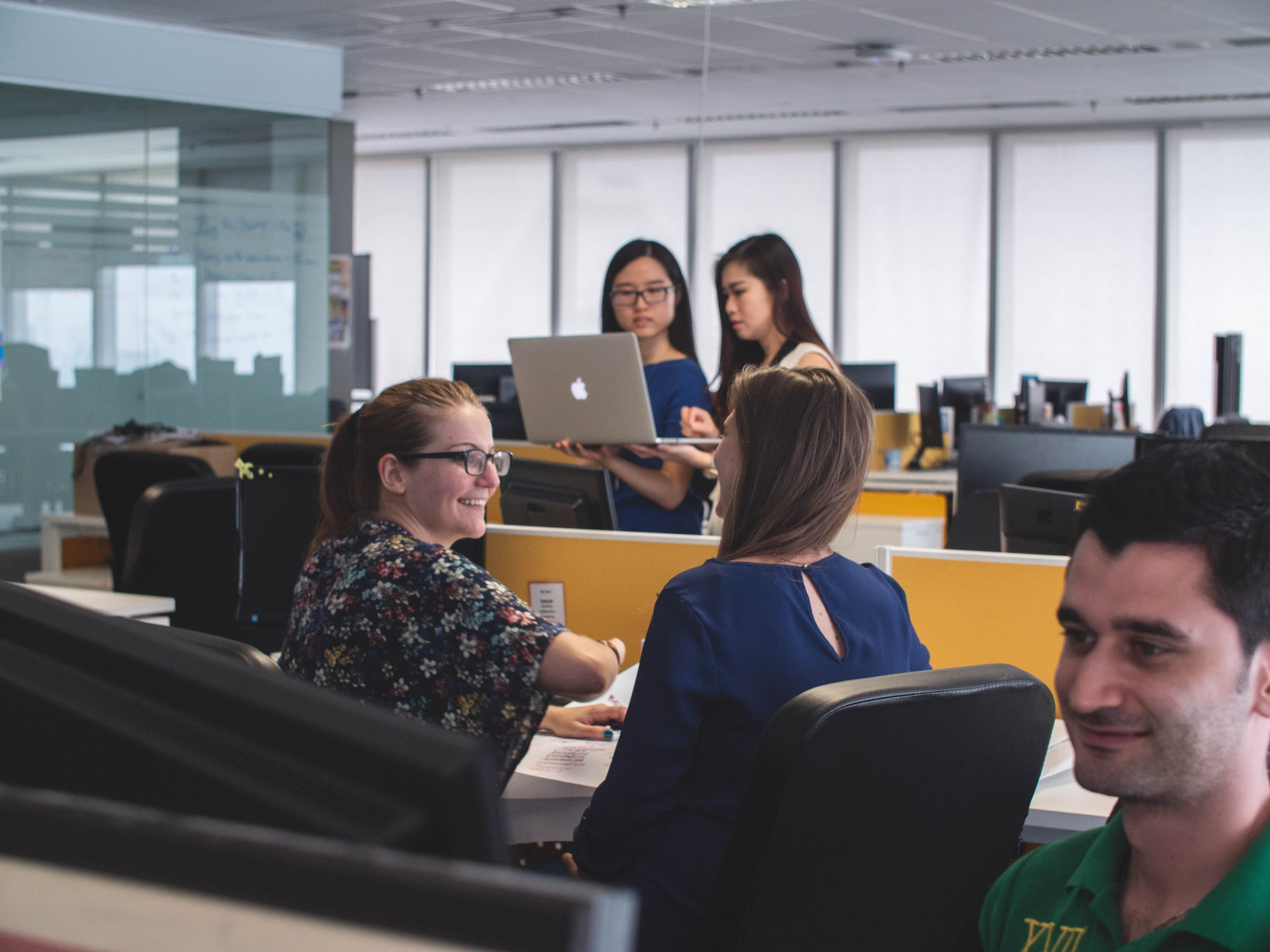 6 Keys to Building a Strong Workplace Culture